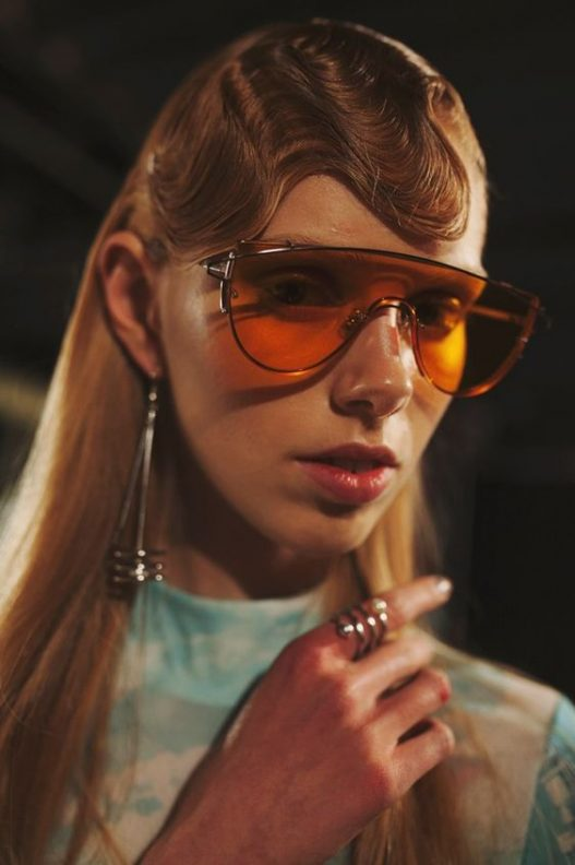 Sci-fi-orange-tinted-shades-and-futuristic-waves.-Space-age-meets-Blade-Runner-at-Opening-Ceremony-AW16-New-York-527x792